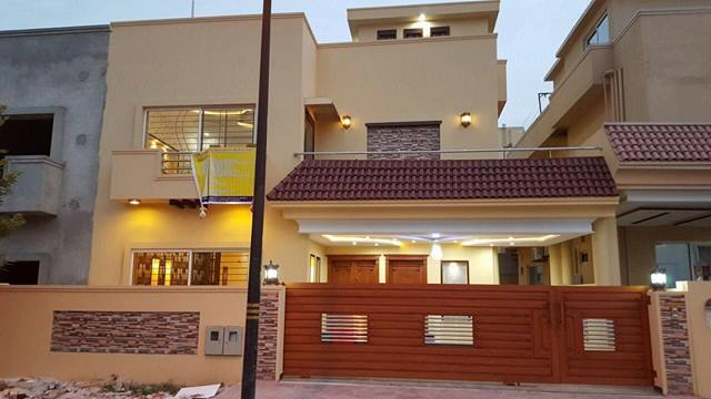 10 Marla House For Sale in Bharia Town Islamabad